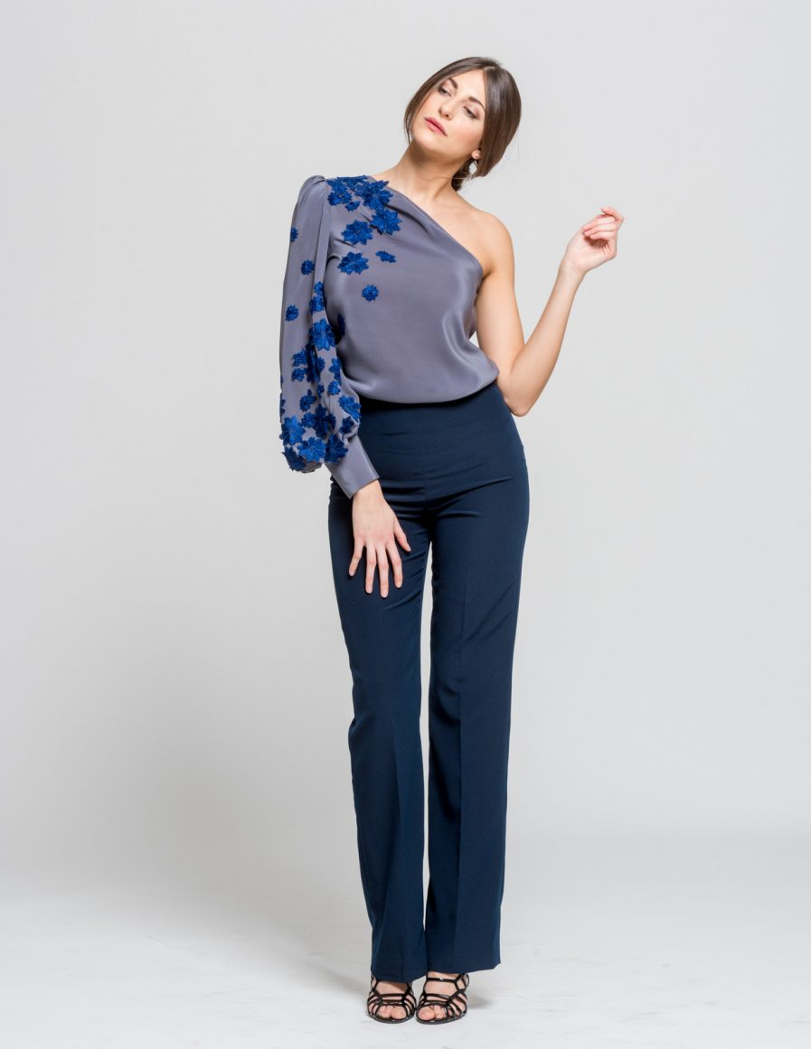 Pantaloni a vita alta - Blusa in seta